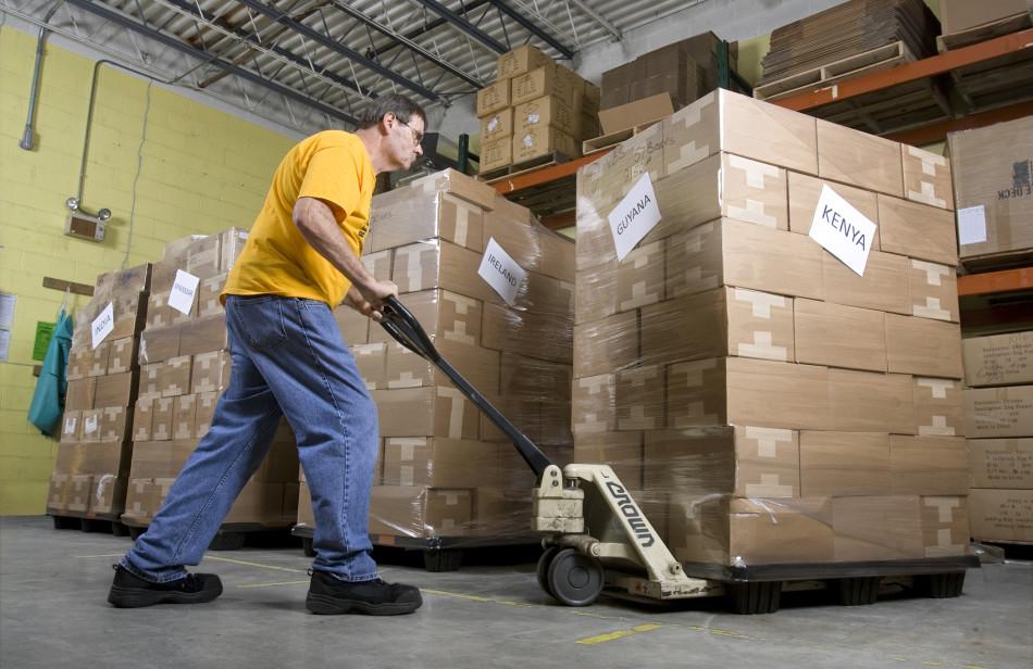 Paul-Stump-Warehouse-GLS-shipment2-950x616