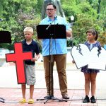 Church Takes Worship Service to Local Park